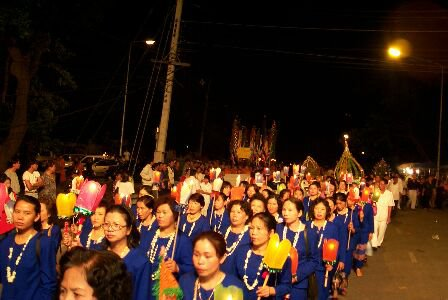 Wan Wesaka Bucha Procession up Doi Suthep