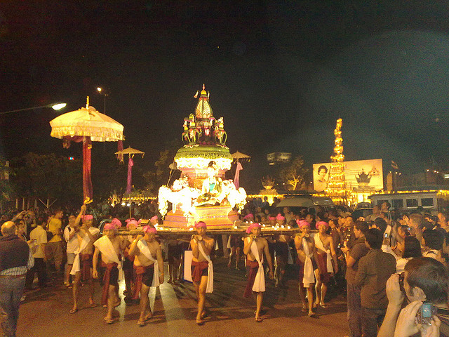 Loy Krathong parade float